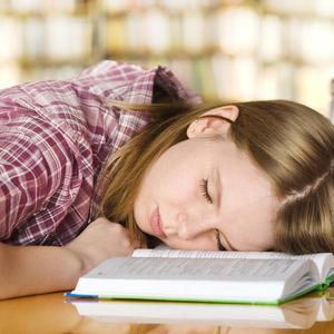 どうしても眠い……!授業中に眠くなった時の眠気覚まし・睡魔対策8選
