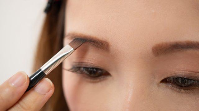 【メイクアップ】アイブロウで印象が変わる!自分に似合う眉毛の描き方
