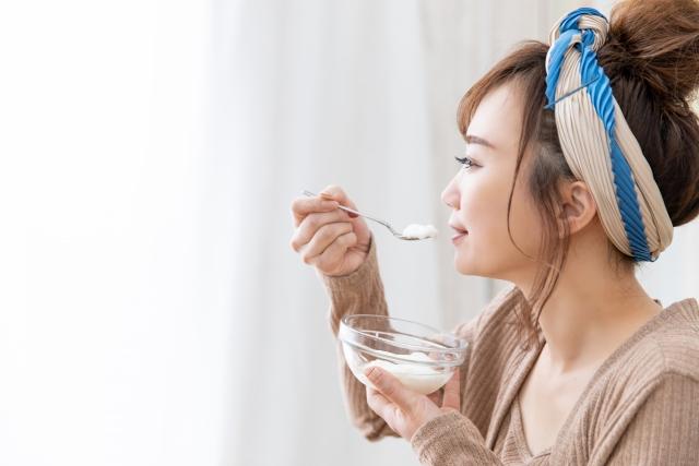 ヨーグルトでニキビが悪化?!肌荒れを招く食べ物やニキビの原因をチェック