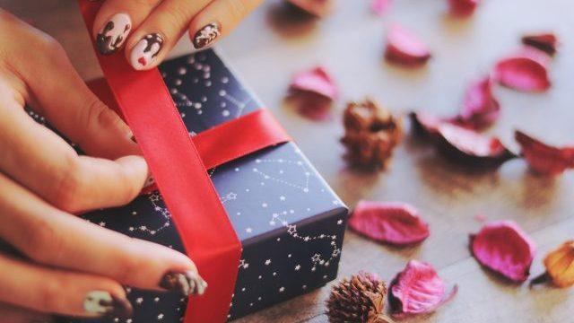 バレンタインギフト♡彼氏や好きな人に喜ばれるプレゼント7選【NGギフトも】